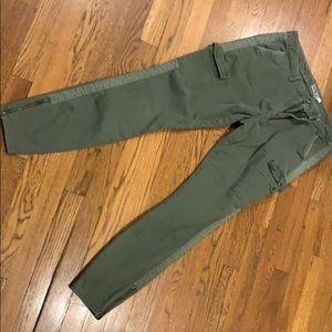 Vineyard Vines women's cargo pants